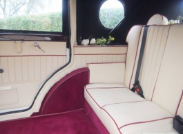 Seven seat Bramwith wedding car hire in Oxford