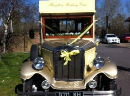 Vintage Bus for weddings in Hampshire