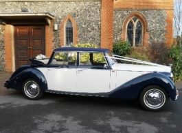 Classic wedding car hire in Sutton