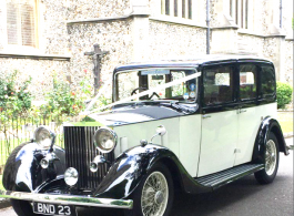Vintage Rolls Royce wedding car in Hayling Island