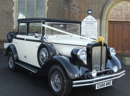 Vintage style wedding car hire in Tunbridge Wells