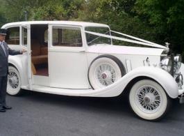 Vintage 1930s Rolls Royce wedding car in Bournemouth
