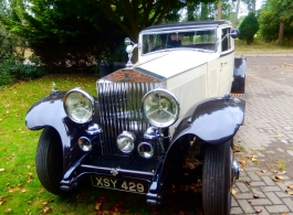Vintage 1930s Rolls Royce wedding car in Croydon