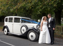 Vintage Rolls Royce wedding car hire in Winchester