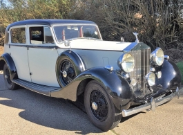 Vintage Rolls Royce for weddings in Chichester