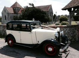 Vintage 1930s wedding car for hire in Portsmouth