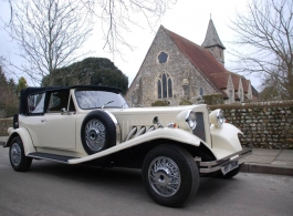 Vintage style wedding car in Portsmouth