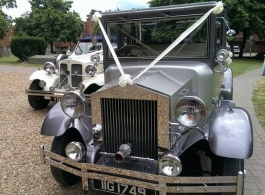 Silver wedding car for hire in Basingstoke