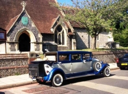 Vintage style bridal car for weddings in Southampton