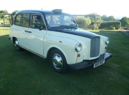 Classic London Taxi for weddings in Brighton