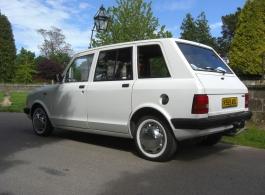 White Taxi for weddings in Sevenoaks, Kent