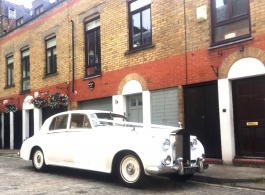 Classic White Rolls Royce for weddings in Chelsea