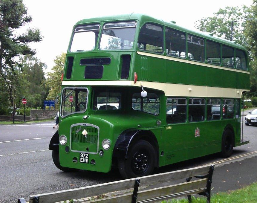 Vintage Green Bus Wedding Bus Hire In Weston Super Mare