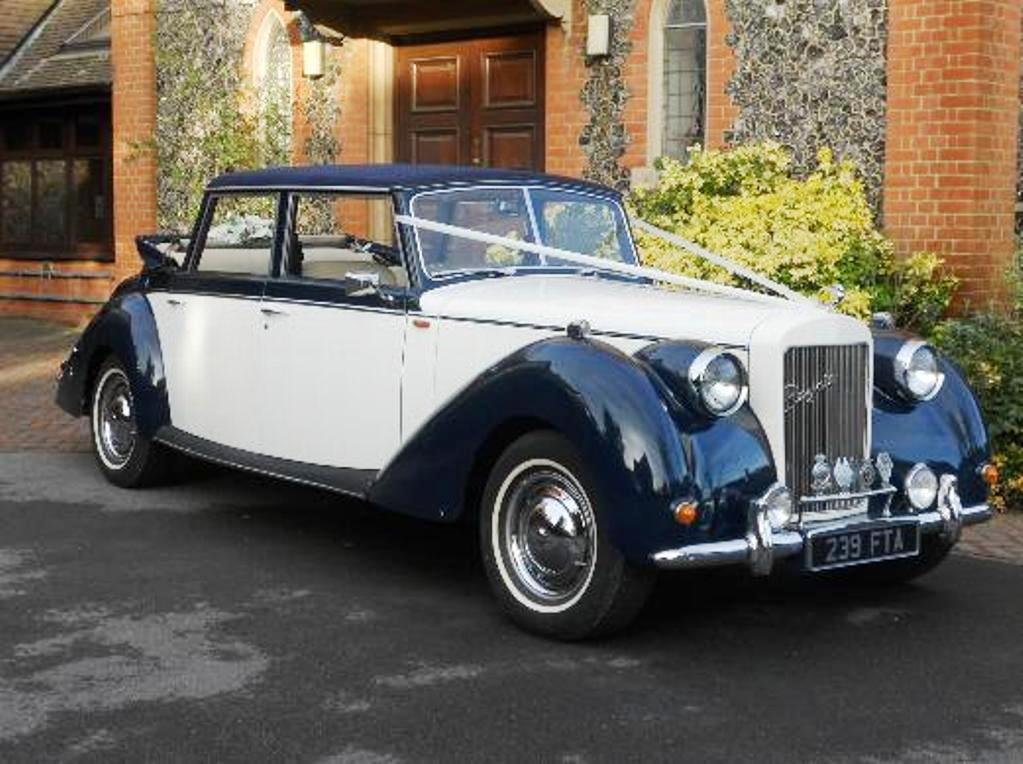 Royale Windsor Landaulette | 1950s Style Wedding Car in Kingston