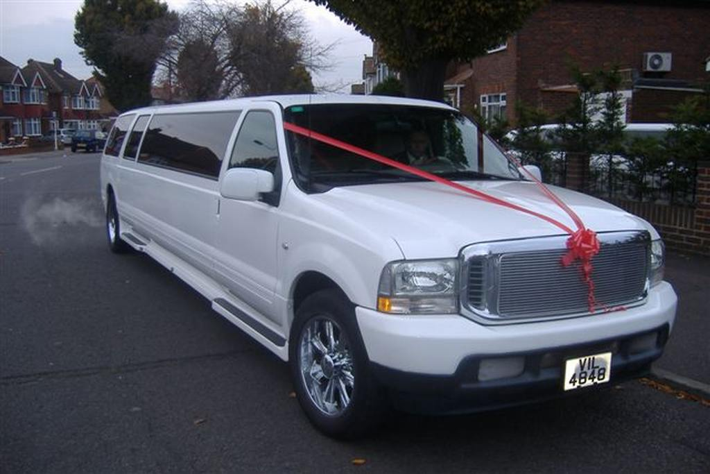 Stretch Limousine Wedding Car | Wedding Limousine Hire In London